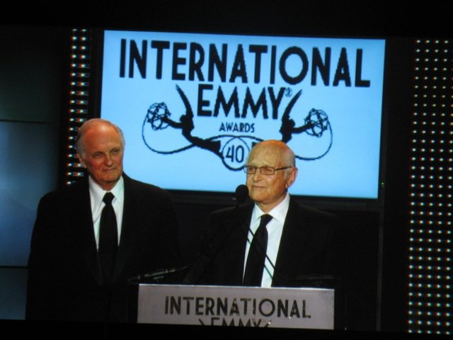 Left to right: Alan Alda of MASH and Norman lear at the Emmys